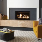 Gas Fire Gazco Studio 1 Edge, High Efficiency (72%) Glass Fronted Conventional Flue Chimney Gas Fire. GS1cf